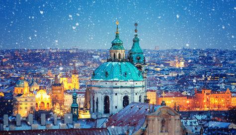 Prag är en färgsprakande och billig stad att semestra i.