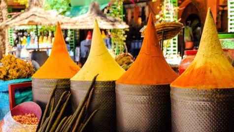 Ta en weekend till Marrakech i Marocko.