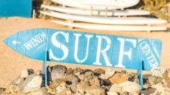Starka vindar från Sahara i öst ger goda förutsättningar för fina vågor till surfing.