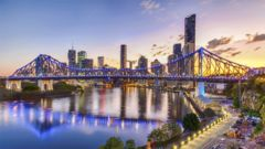 Utsikt över Brisbane city och Story Bridge.