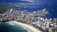 Manly beach har superstränder för surfing – bara 15 min utanför centrum.