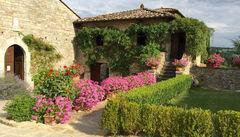 Entrén till hotellet Castello di Spaltenna, Chianti.