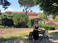 Hyr en cykel och utforska stadsmuren i  Lucca.