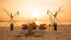 Romantisk middag på stranden? Maldiverna kallas inte för smekmånadsresmålet nummer ett utan anledning.
