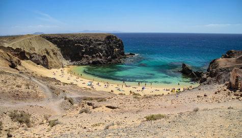 Stranden Papagayo på Lanzarote tillhör våra favoriter.