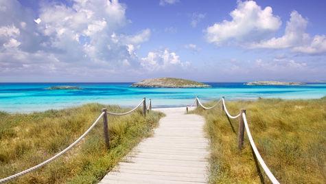 Formentera är ett av flera smultronställen vid Medelhavet.