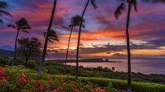 Solnedgång över Menele Bay på Lanai.