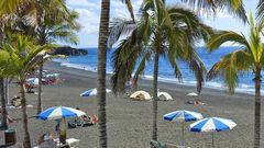 Solresor är den enda svenska researrangören som erbjuder direktflyg till den intressanta Kanarieön La Palma.